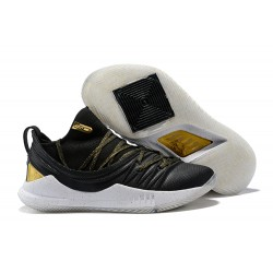 UA Curry 5