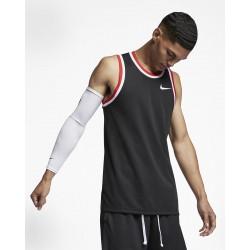 Майка Nike Dri-FIT Classic...