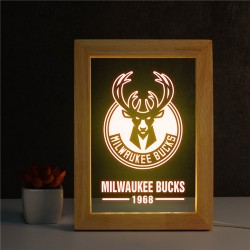 Ночник Milwaukee Bucks